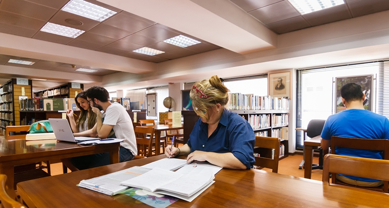 Post-graduate students, undergraduate students, external users are using the reading area of our library