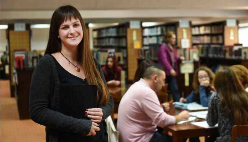 Κολλέγιο κορίτσι ραντεβού ιστοσελίδα Εκκλησία του Χριστού που χρονολογείται ιστοσελίδες
